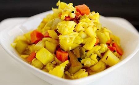Sauer eingelegtes Gemüse (Torshi) Normal